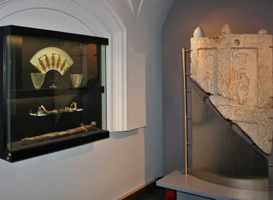 """La Chiesa"" Hal - exhibition of early Christian and Medieval artifacts"
